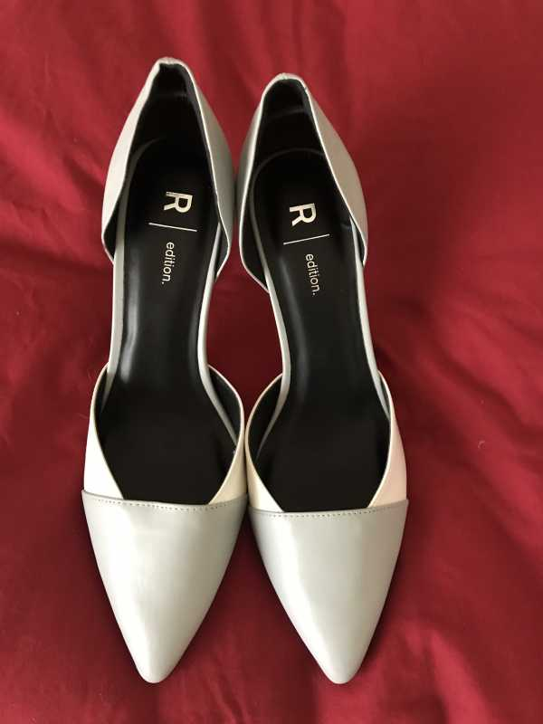 New Ladies Shoes Size 39